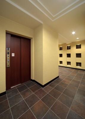 12:エレベーターホール