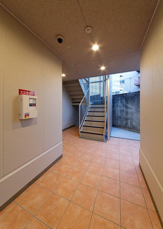 ロイヤル駅南通 エントランス
