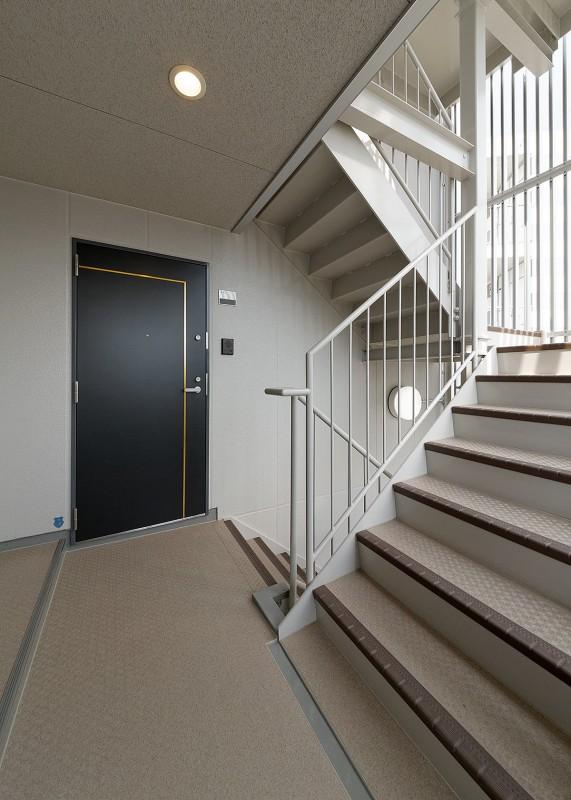 ロイヤル駅南通 共用廊下・階段
