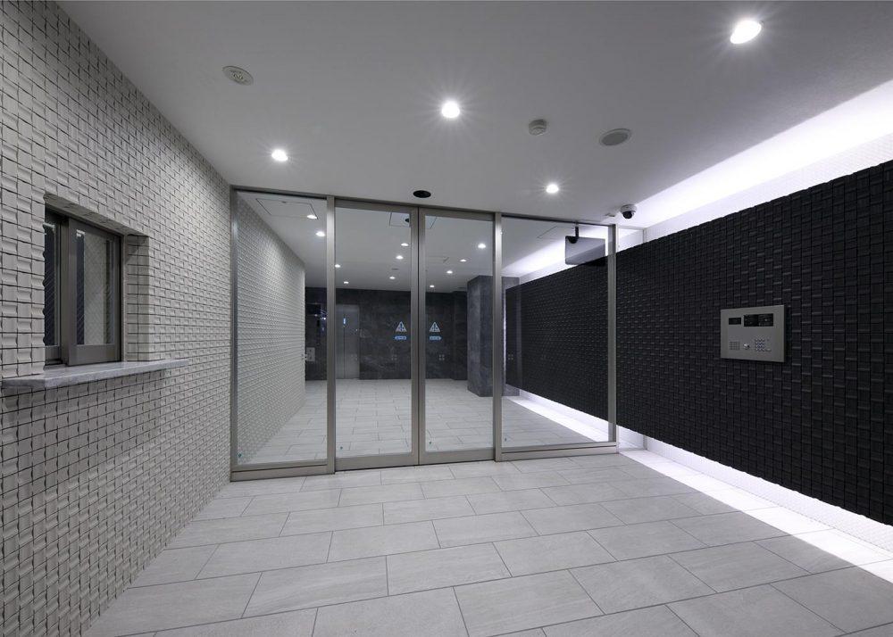 風除室(エントランスホール)